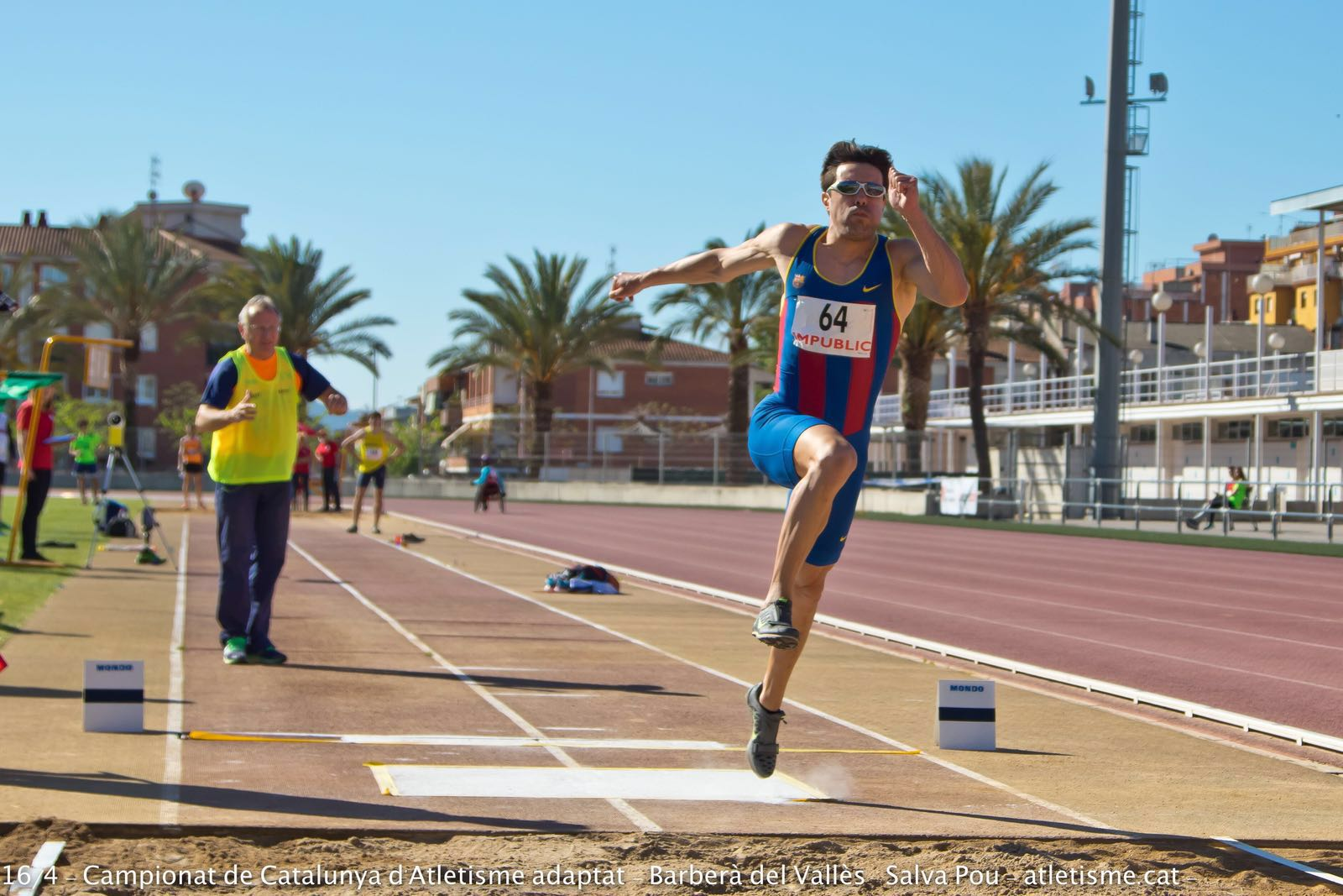 Image of Xavi Porras in the long jump with Miguel-Image of Salva Pou