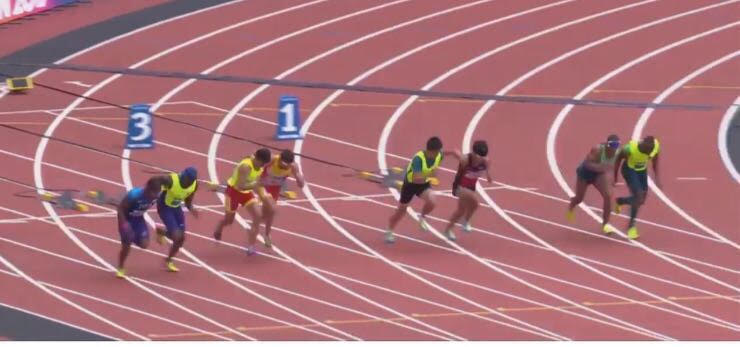 Image of Xavi Porras running near to Enric Martn the 100 meters in London 2017