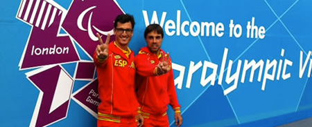 Image of Xavi and Enric at the entrance to the Paralympic Village at London 2012